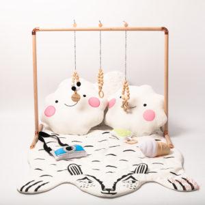 Gimnasio para bebé en madera