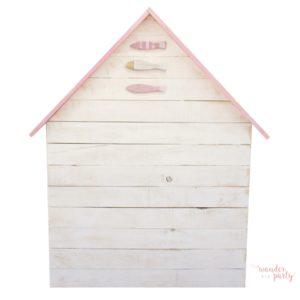 Cabecero casita en madera peces y tejado rosa