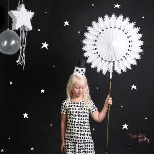 Set de 3 abanicos copo de nieve blancos para fiestas y bodas decoracion para fiestas niños o bodas wonder party bcn
